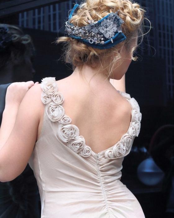 Los tocados y sombreros de Matilde Falcinelli, pura elegancia